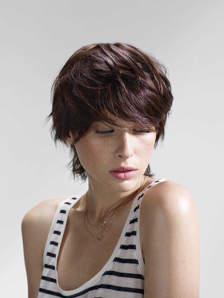 Coupe cheveux courts boule degradee